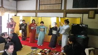 仏教民踊踊りの皆さん